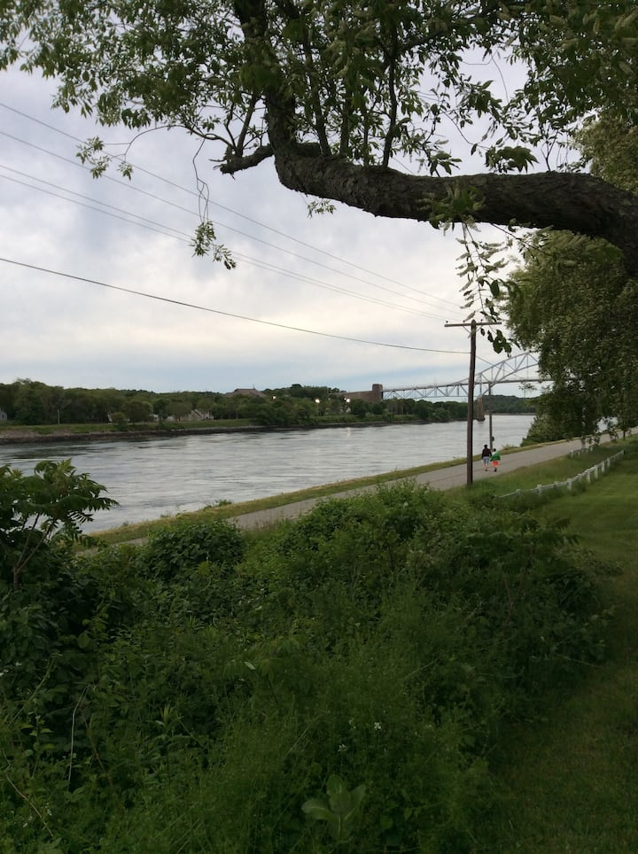 Cape Cod Canal Home