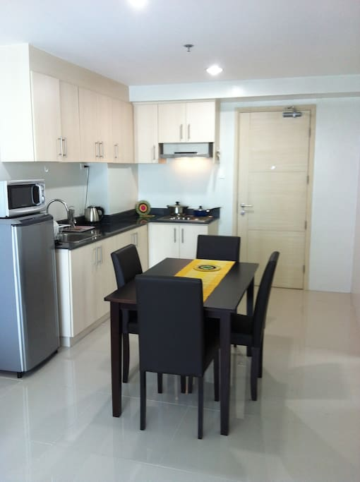 2 BR FULLY FURNISHED CONDO UNIT SEA