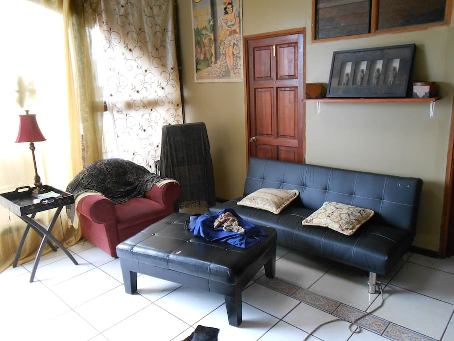 COZY HOUSE IN CENTER OF LA FORTUNA