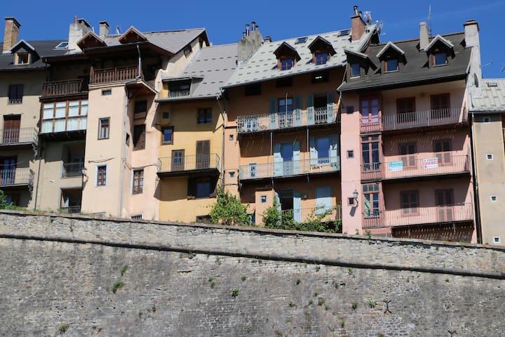 Superbe appartement avec vues dans la cité Vauban