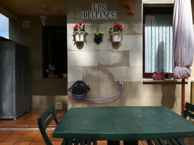 Adosado de 3 plantas en Torrecilla