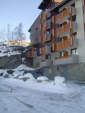 Cute 2 rooms apartment 4/5 people - Huez