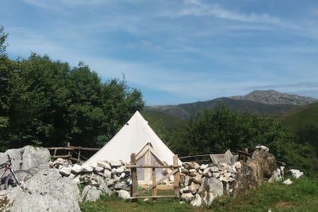 Bell Tent in the Picos de Europa - Benia de Onís - Teltta