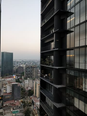 Modern High Rise Apartment with a stunning view.