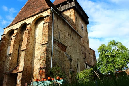 Medieval Apartments Frauendorf-Fortified Church
