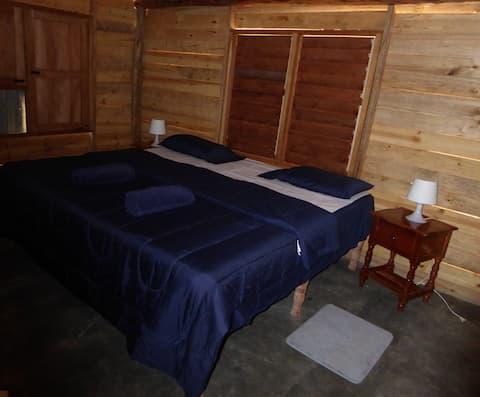 Room BLUE in Rio Miel Cabin