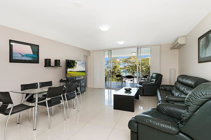 Keiths Sister,1 of 2 most popular units on Bribie.