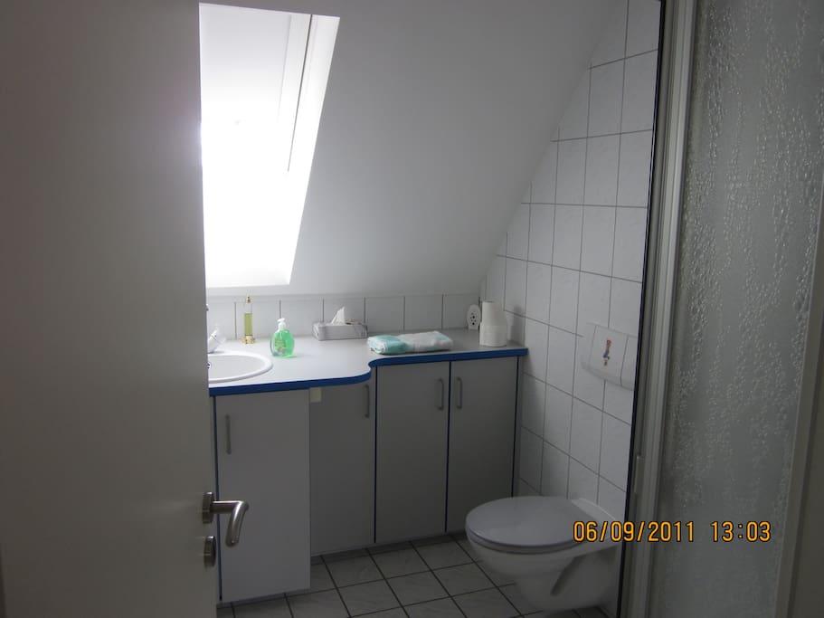 1 zimmer apartment mit k che 48 m2 wohnungen zur miete in lotte nordrhein westfalen deutschland. Black Bedroom Furniture Sets. Home Design Ideas