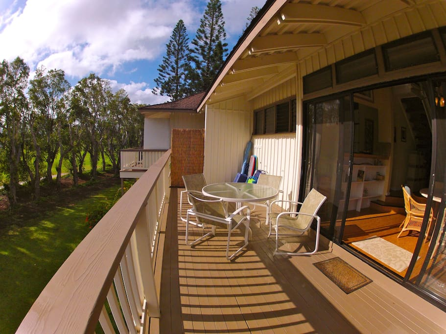 Your lanai with provided beach equipment, overlooking the Anini Beach Trail and Prince Golf Course.