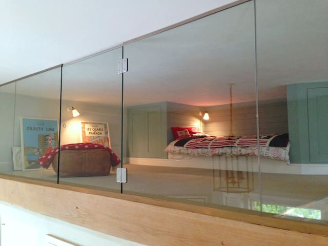 Mousehole Mezzanine + Roof Terrace - Londres - Bed & Breakfast