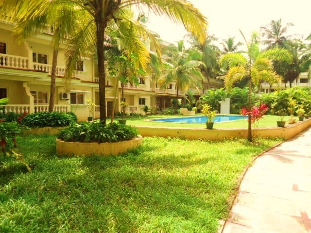 2 BHK Beach side (Value for money!) - Varca - Apartment