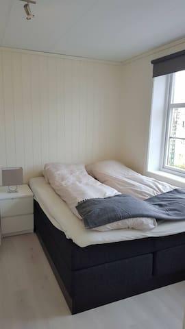 3 room renovated flat, only 15 min walk from city - Bergen - Departamento