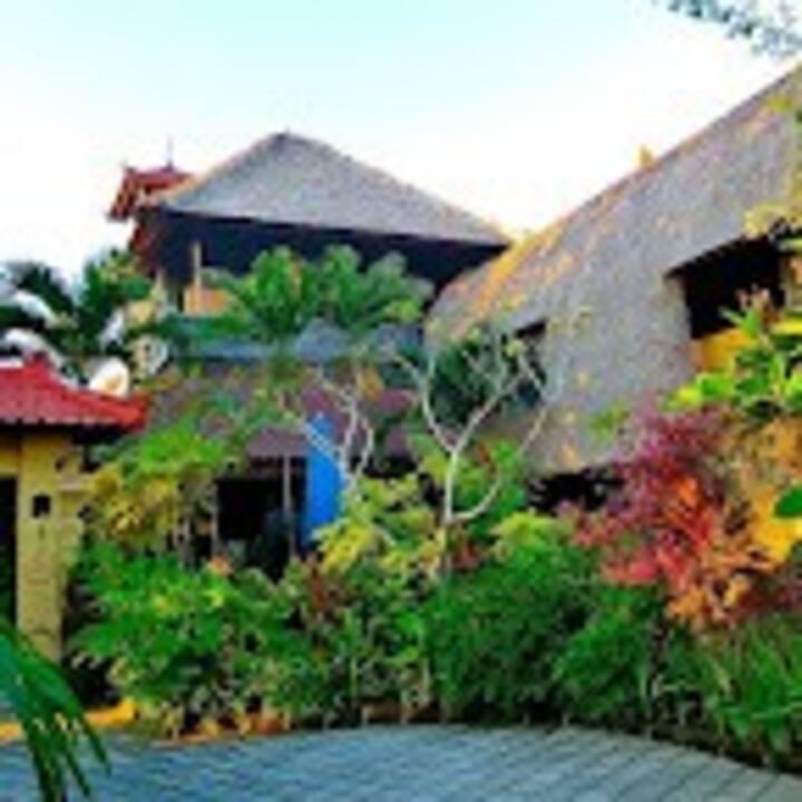 阿赫巴厘岛住宿加早餐旅馆(B)(Aahh Bali B&B)