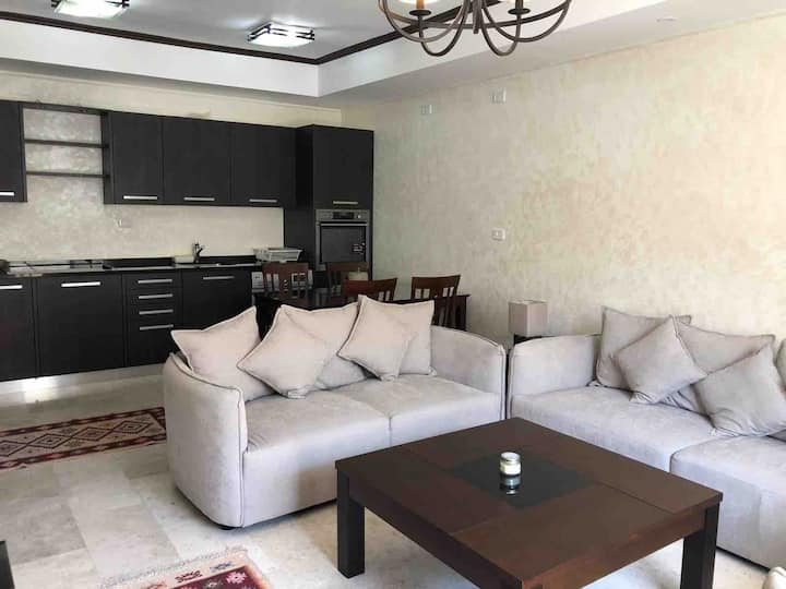 Luxury 2BR flat (with pool) in best area of Amman