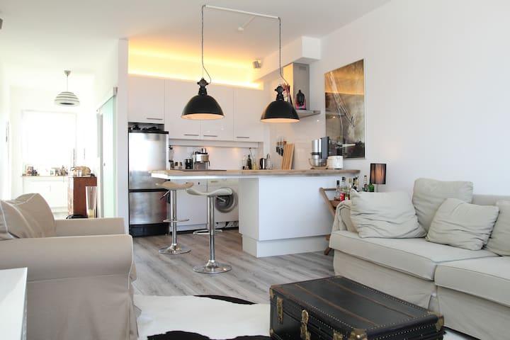 Stylische Wohnung in Alsternähe - Hamburgo - Apartamento