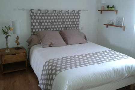 Chambre d'hote , rue du verger - Cancale - Bed & Breakfast