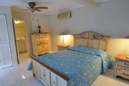 Tropical Lagoon Resort - The Almond - Port Antonio