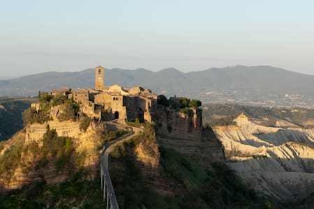 Apartment and garden in Civita  - 바뇨레죠(Bagnoregio) - 단독주택