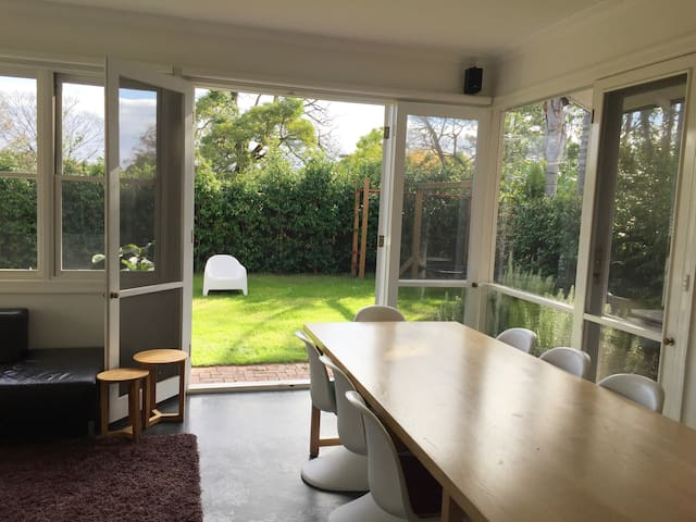 Brighton Home - Entire House - Brighton - Rumah
