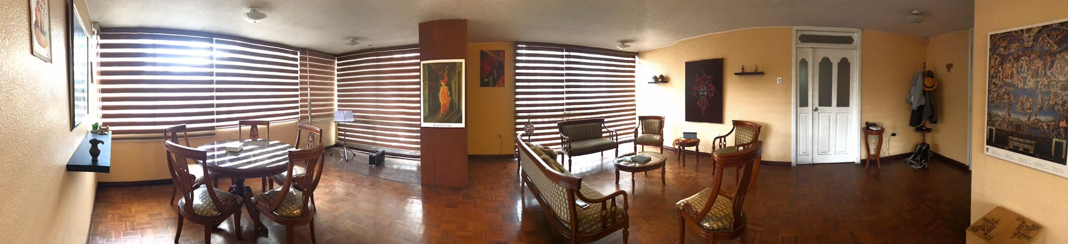 💚Quito, XL apartment, near to downtown & 🍽🛒🎦🚎