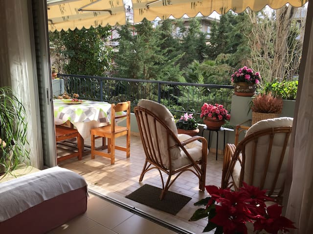 Bright, cozy 3-room apartment in Athens - Agia Paraskevi - Apartment
