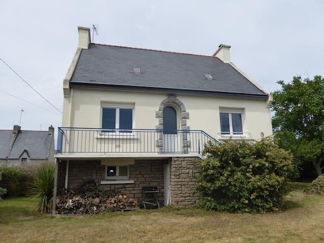 C6070 - Maison située dans un petit hameau !