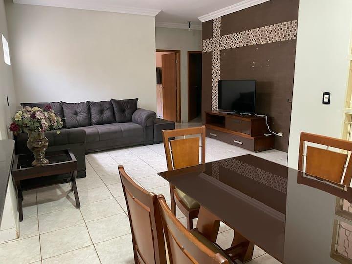 Casa aconchegante e segura em Goiânia