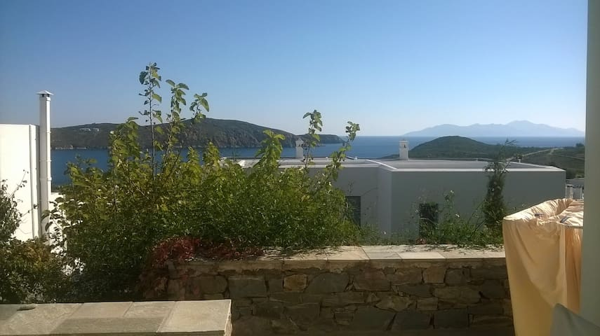 Two-storey in Livadakia, sea view - Serifos - Apartamento
