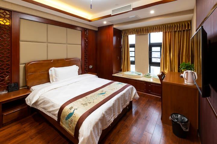 家感-单间大床房-最实惠的选择