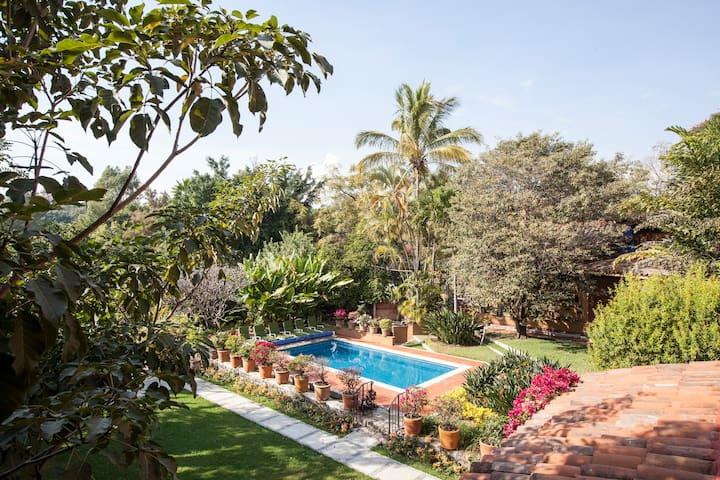 ORCHIDELIRIUM B&B Beauty & Health - Cuernavaca - Bed & Breakfast