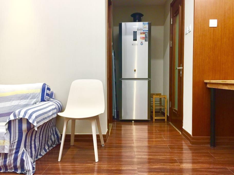 冰箱坐具,舒适美观