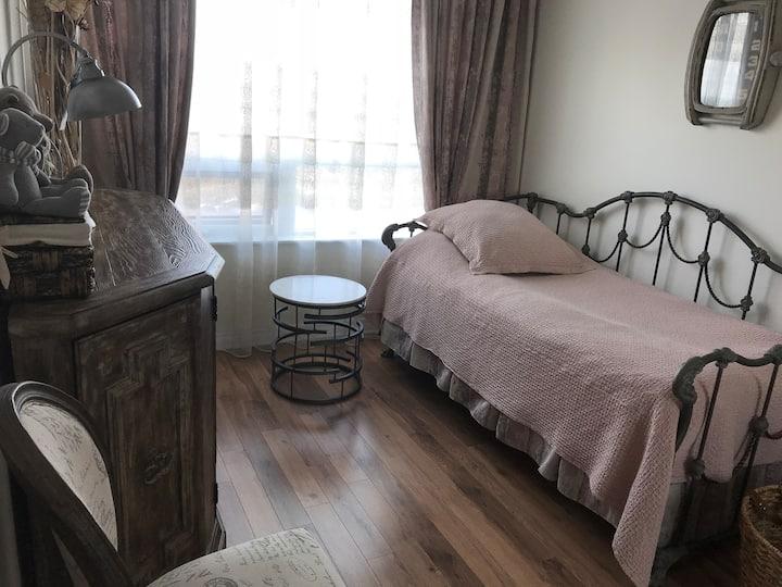 Private bedroom & bathroom in condo