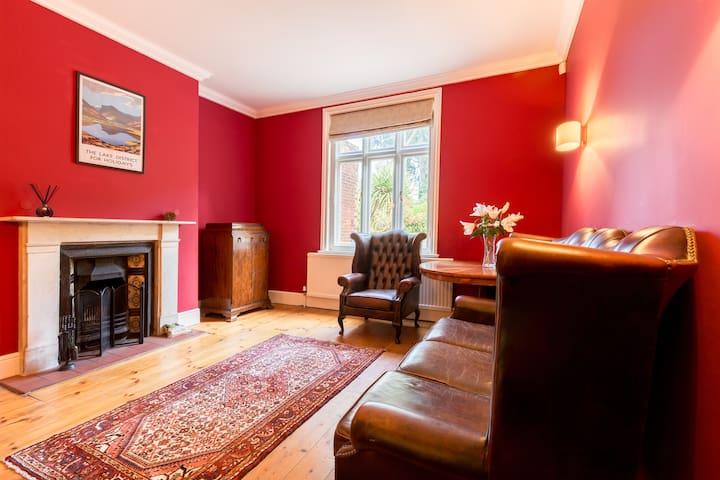 Beautiful Edwardian home near the centre & station - Norwich - Rumah