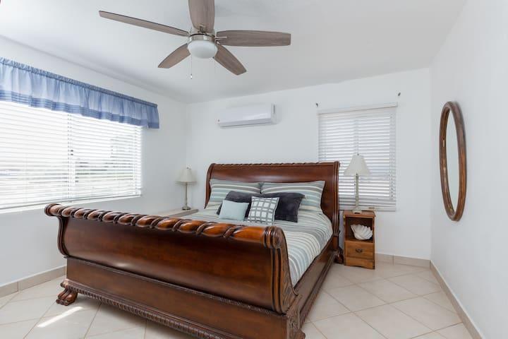 King Bedroom 1 with Tuft & Needle mattress.