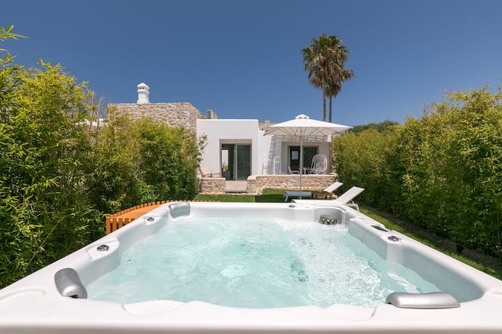 WHITE PEARLS ADULTS ONLY VILLA 4 PERS WITH HOT TUB