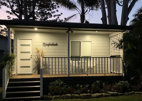 Self-Contained Guest House with Deck *NEW BUILD*