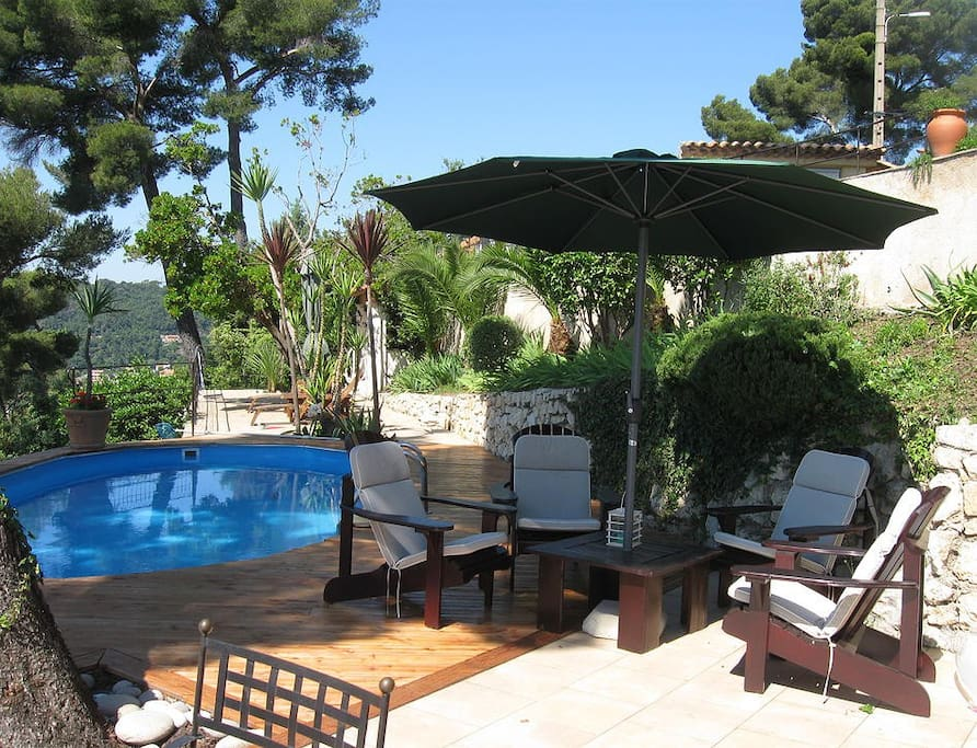 Relax by the pool and enjoy the panoramic view!