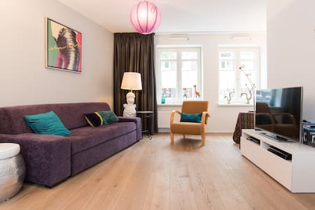 lovely spacious garden appartement - Byt