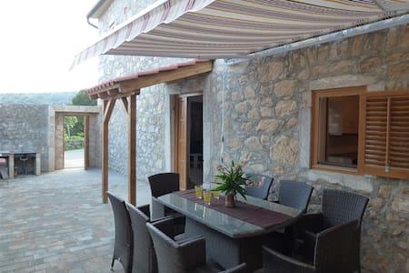 Holiday House Bribirka, Bribir - Bribir - บ้าน