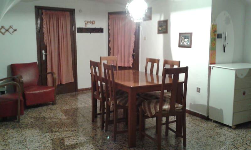 """""""Casa Sottini""""centro Fiavè vicino a Terme Comano"""