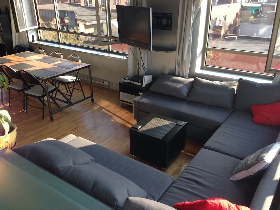 Loft in Plateau Area with Garage