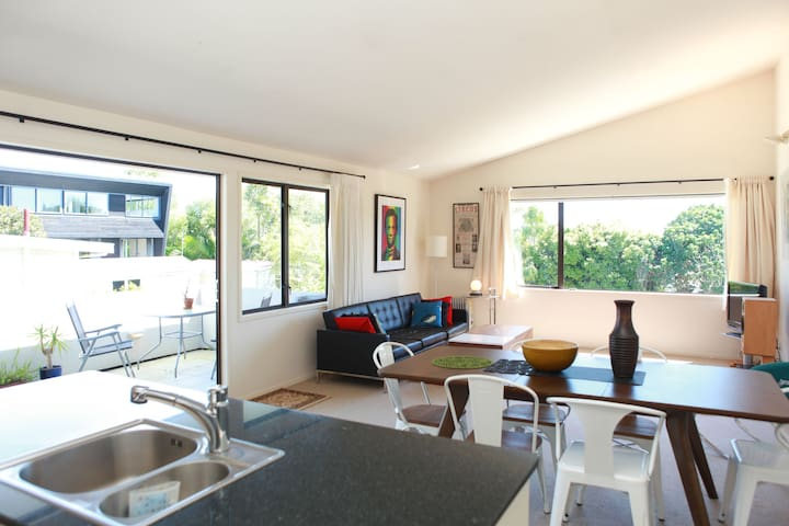 Sunny Double Room in Westmere - Auckland - Daire
