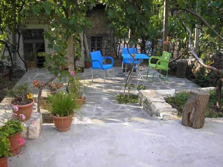 lorenc guest house, hostel gorica