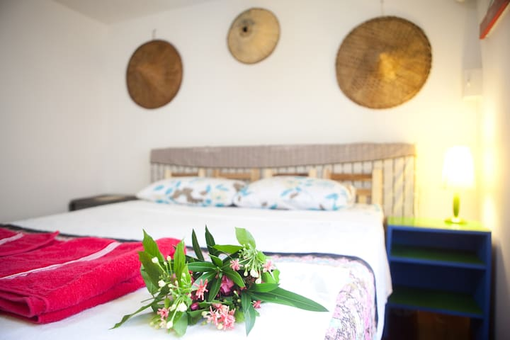 3 NEW ROOMS 5 BEDS 2 BATH AIR+WIFI+KITCHEN LAUNDRY - Bangkok - House
