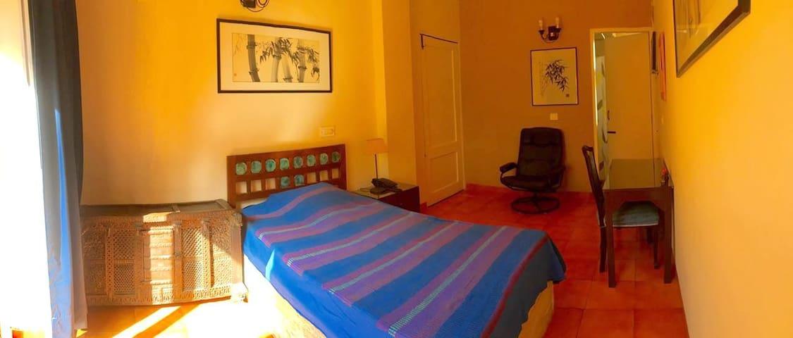 B25-A - New Delhi - Huis