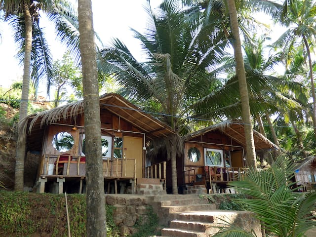 Jungle View Cottage on Cola Beach