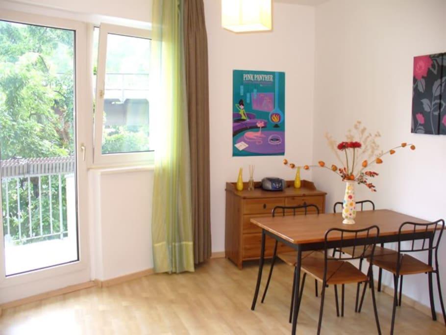 Appartamento al centro di kreuzber appartamenti in for Appartamenti al centro di barcellona