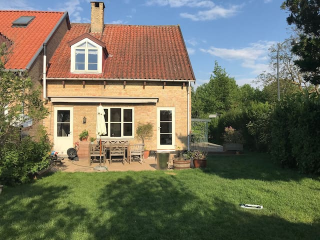Charming townhouse 7 km from Copenhagen