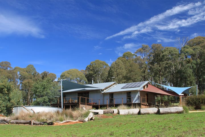 Bald Hills House Eco Bush Retreat - Stanley - House