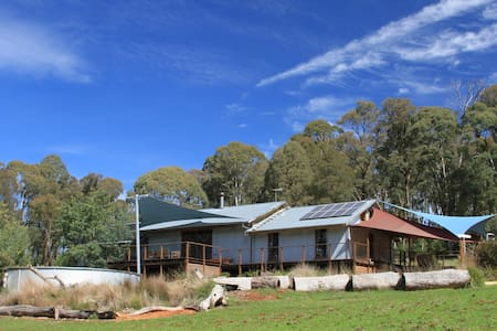 Bald Hills House Eco Bush Retreat - Stanley